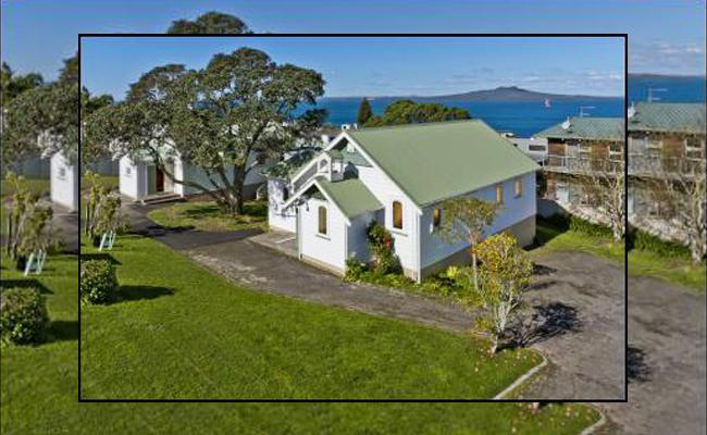 Sebuah Gereja di Selandia Baru Diubah Menjadi Vihara dan Pusat Meditasi