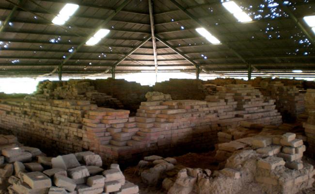 Situs Trowulan Majapahit (2): Candi Gentong