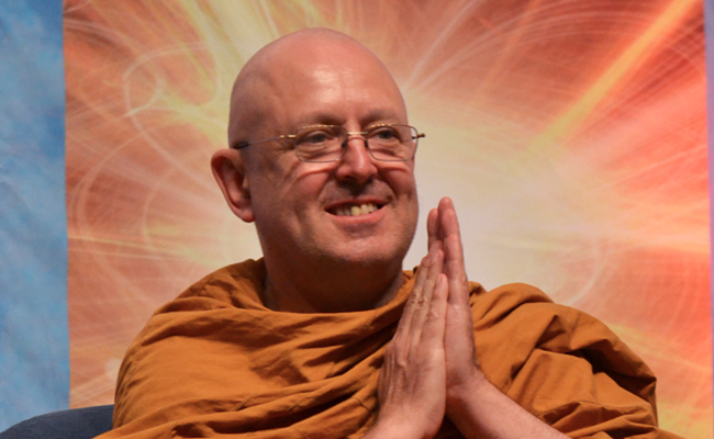Ingin Pertanyaan Anda Dijawab Langsung Ajahn Brahm? Sampaikan di Sini!
