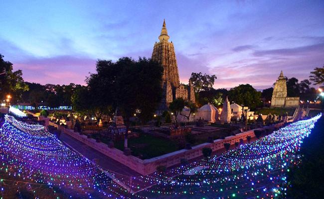Vihara Mahabodhi Bodh Gaya Akan Dilapisi Emas 100 Kg