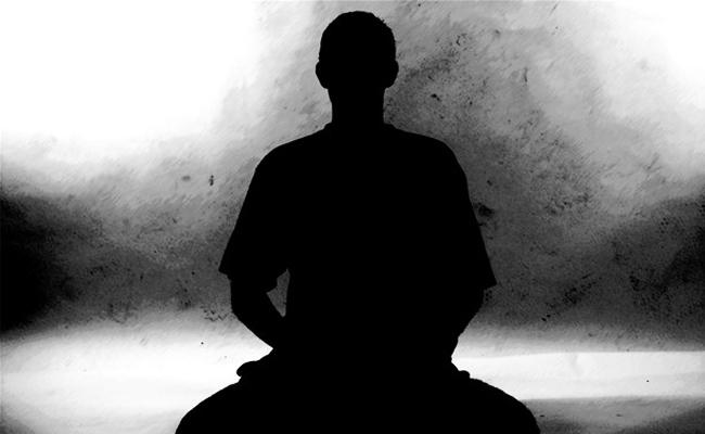 Siapakah yang Mengamati Pikiran?