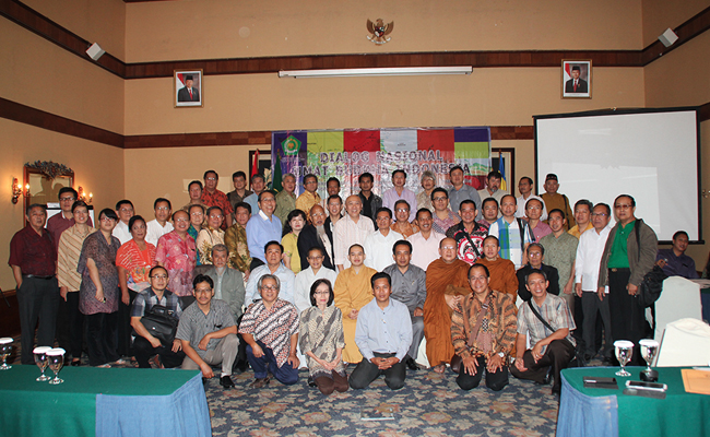 Dialog Nasional Umat Buddha Ungkap Rumitnya Persoalan di Tubuh Agama Buddha Indonesia