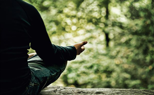 Meditasi Terbukti Ampuh Atasi Depresi dan Cemas