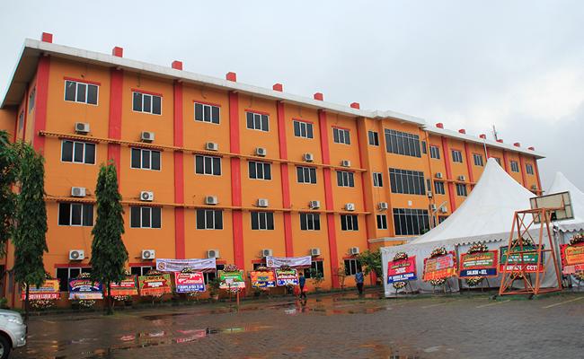 Universitas Buddhi Dharma, Universitas Buddhis Pertama di Indonesia
