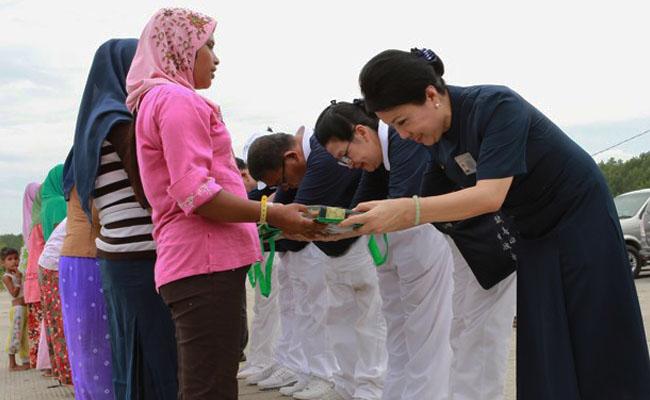 Yayasan Buddha Tzu Chi Bantu Pengungsi Rohingya