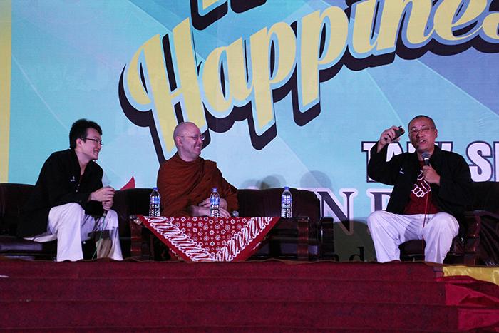 20150625 Ajahn Brahm Berbagi Kebahagiaan di Magelang_2