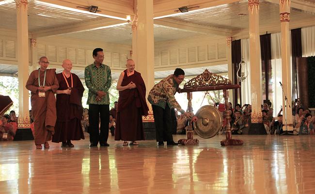 Seribu Perempuan Buddhis Ikuti Konferensi Internasional Sakyadhita di Yogyakarta
