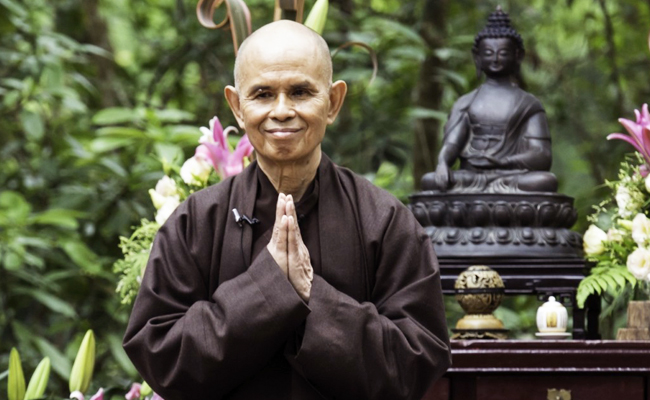 Kesehatan Master Zen Thich Nhat Hanh Meningkat Pesat