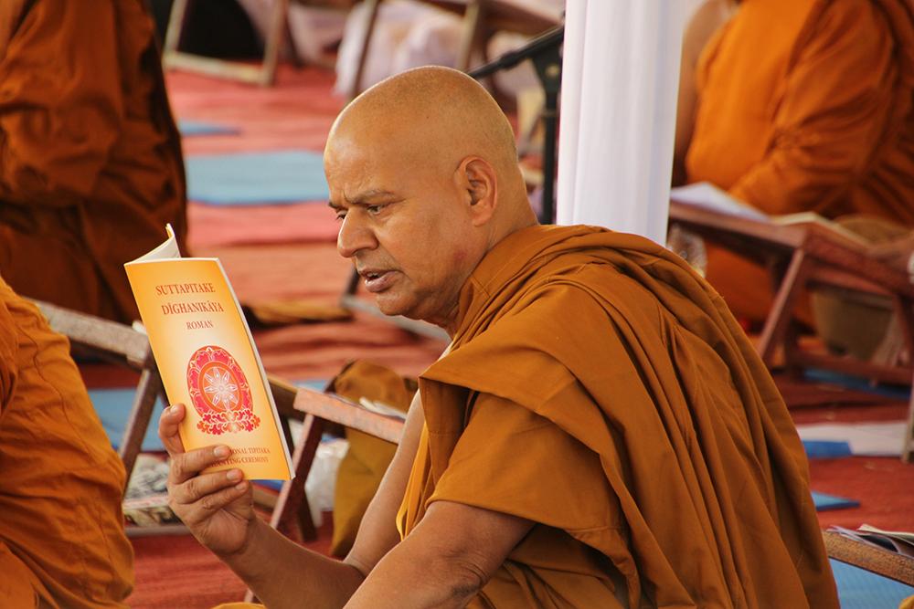 Diikuti juga oleh bhikkhu dari luar negeri