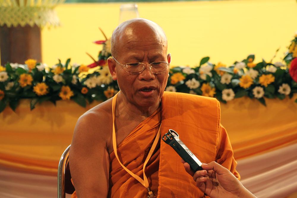 Luangpo Jiew dari International Tipitaka Chanting Ceremony
