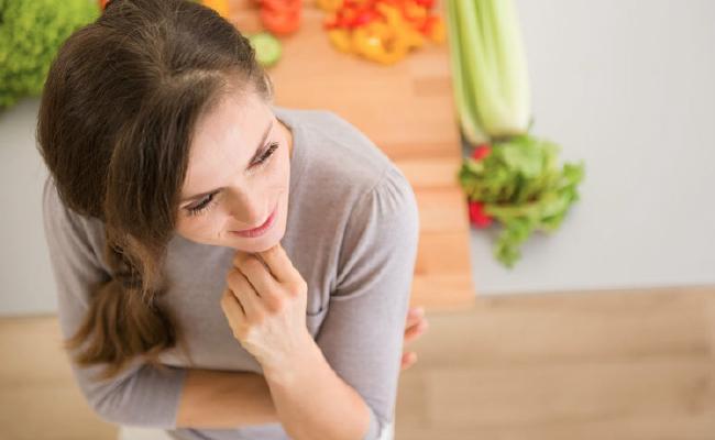 Tips Diet: Sadar Penuh Saat Makan