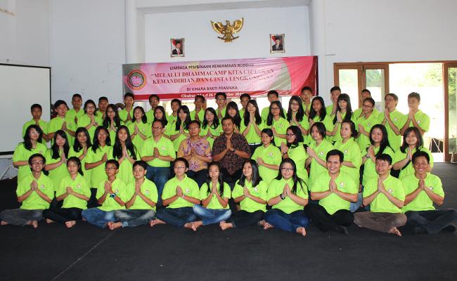Dhamma Camp Remaja Buddhis 2015