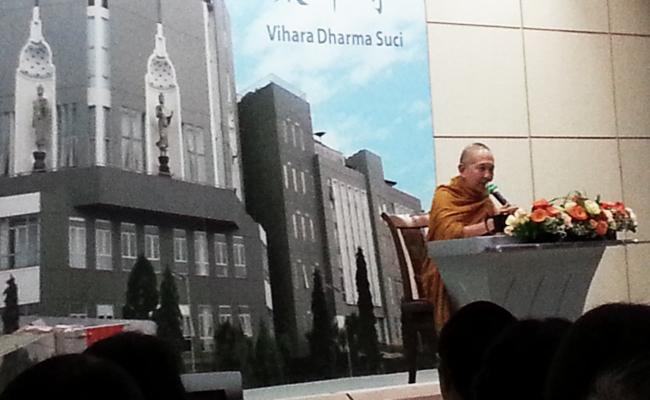 Bhikkhu Sri Pannyavaro: Berhati-hatilah dengan Kebiasaan Buruk