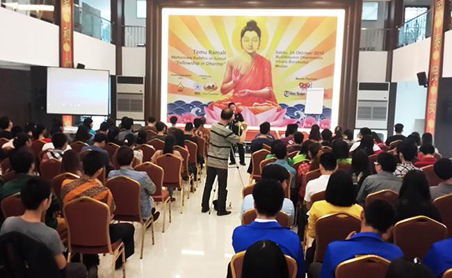RatusanMahasiswa Buddhis Sumatera Utara Adakan Temu Ramah