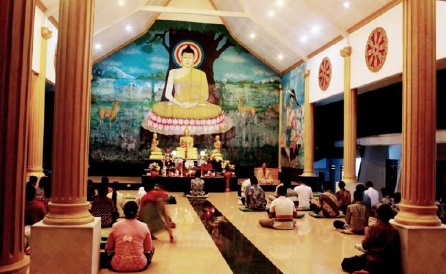 Banyuwangi, Tempat Runtuh dan Bangkitnya Agama Buddha di Nusantara