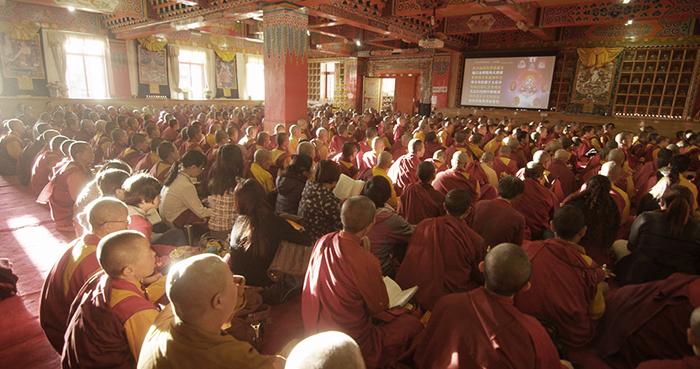20151202 Melihat Sekolah Monastik Buddha Terbesar di Tibet_3