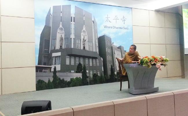 Bhikkhu Uttamo: Dhamma yang Indah Adalah Dhamma yang Dijalankan