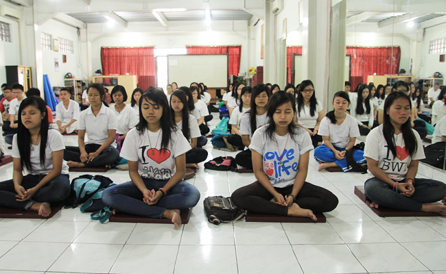 Meditation Goes to School