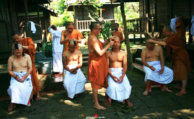 Kenapa Bhikkhu Harus Gundul?