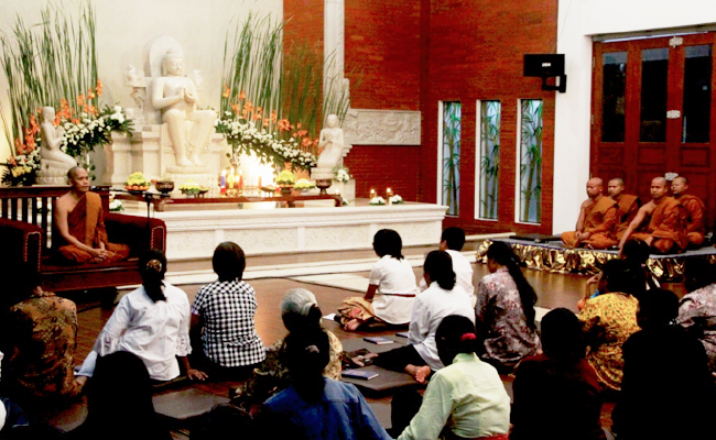 Umat Buddha Kabupaten Semarang Rayakan Magha Puja