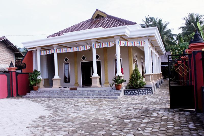 20160315 Vihara Dhamma Santi, Vihara Tertua di Banyuwangi Kini Tampil Megah 2