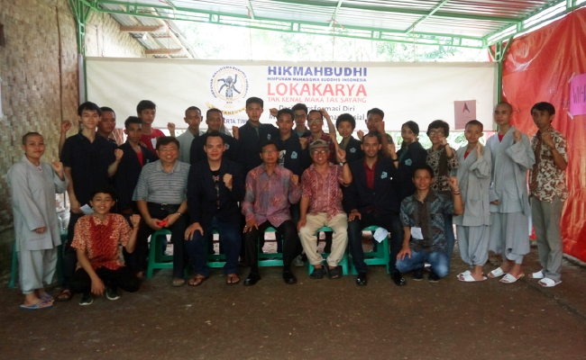 Transformasi Diri Mahasiswa Buddhis Menuju Transformasi Sosial