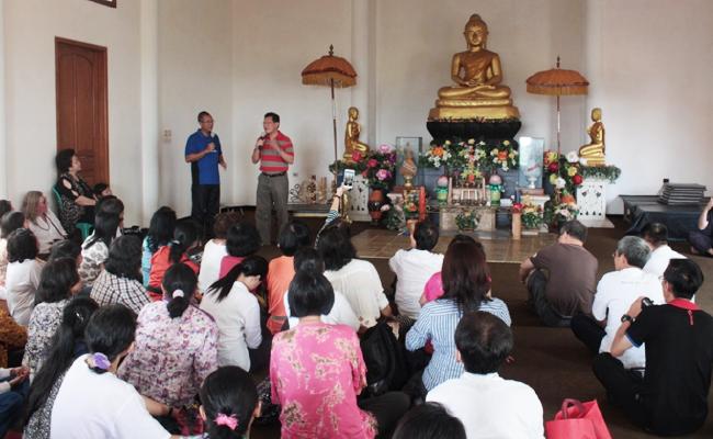 Mantan Menteri Pariwisata Malaysia Kagum dengan Umat Buddha Temanggung