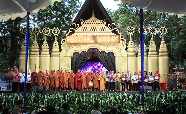 Festival Waisak untuk Indonesia Resmi Dibuka