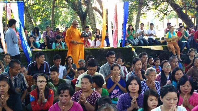 20160521 Umat Buddha Sumatera Selatan Rayakan Waisak di Bukit Siguntang 7
