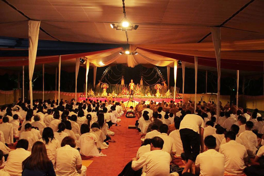 20160721 Rayakan Asadha Puja, Umat Buddha Baca Ulang Ajaran Buddha di Candi Borobudur 2