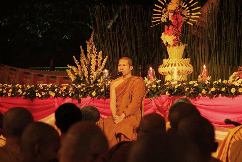 20160721 Rayakan Asadha Puja, Umat Buddha Baca Ulang Ajaran Buddha di Candi Borobudur 3