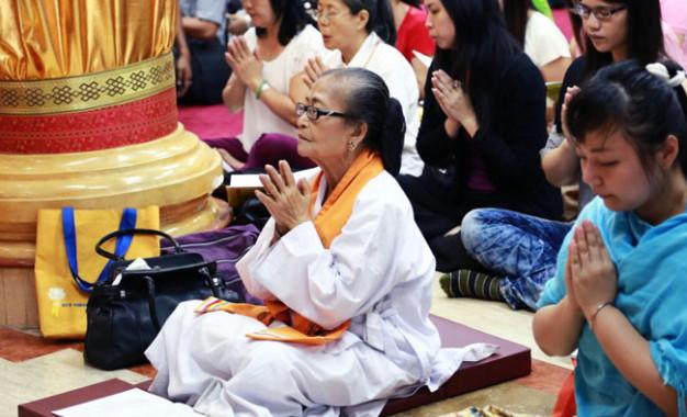 Selamat Jalan, Srikandi Buddhis dari Solo…