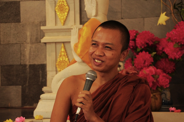 20161012-memberdayakan-pemuda-buddhis-dengan-bibit-pisang-2