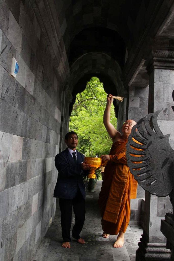 20161025-40-tahun-sangha-theravada-indonesia-bhante-pannyavaro-ucapkan-terima-kasih-kepada-umat-buddha-3