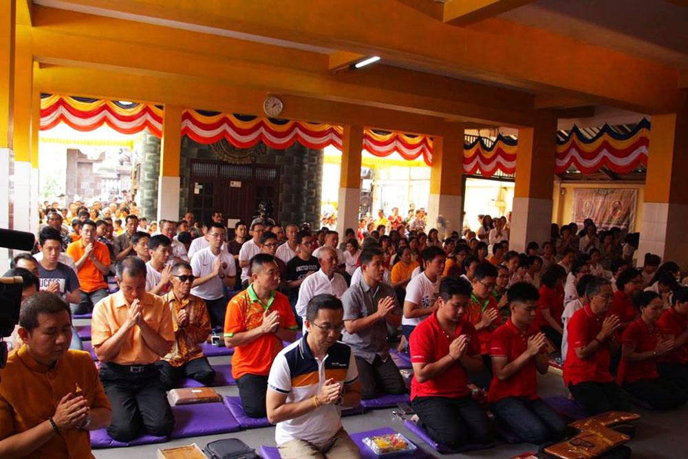 20161110-kehidupan-seorang-bhikkhu-tergantung-kedermawanan-umat-2
