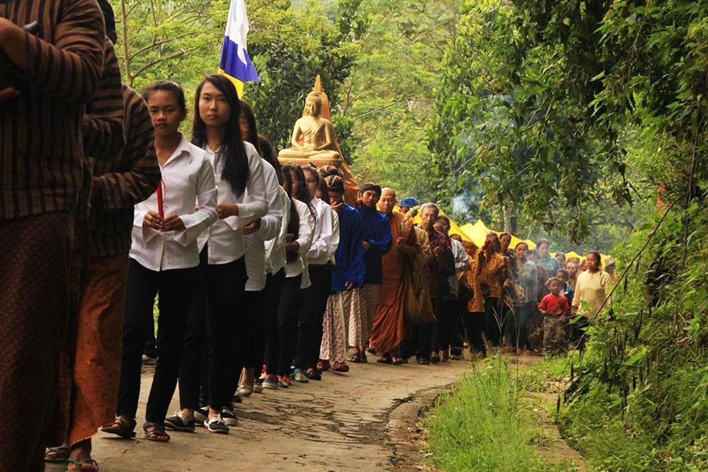 20161203-umat-buddha-semarang-resmikan-vihara-baru-sekaligus-sangha-dana-5