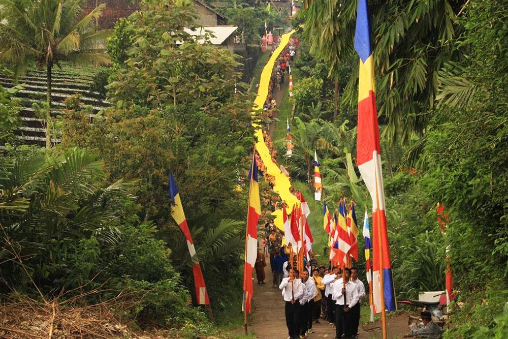 20161203-umat-buddha-semarang-resmikan-vihara-baru-sekaligus-sangha-dana-6