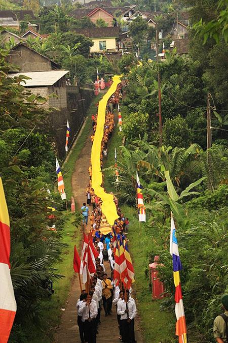 20161203-umat-buddha-semarang-resmikan-vihara-baru-sekaligus-sangha-dana-8