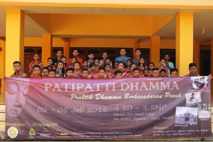 20161214-untuk-membangun-umat-buddha-di-pedesaan-tidak-harus-tinggal-di-desa-3