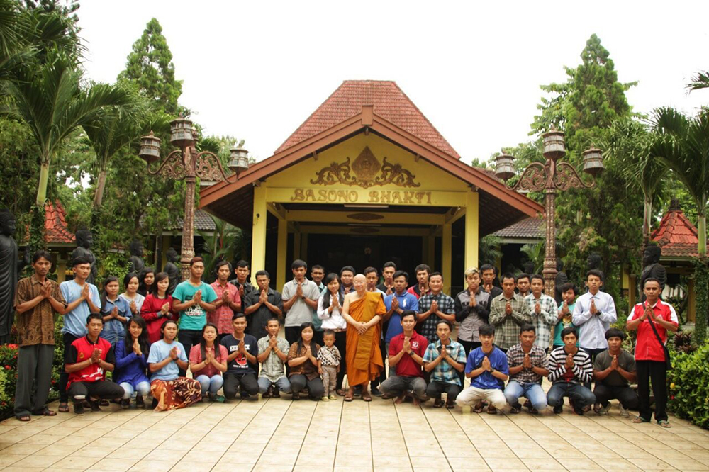 20170225 Maha Vihara Majapahit dan Patung Buddha Tidur, Ikon Mojokerto 2