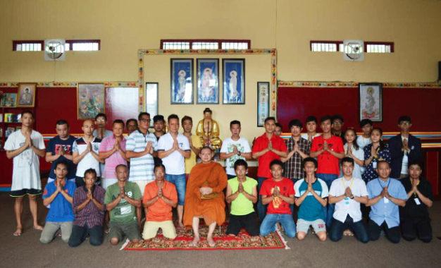 Warga Binaan Lapas Tangerang Rayakan Waisak dengan Sederhana Namun Sakral