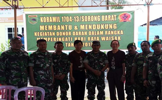 Sambut Waisak 2017, Anggota Koramil Sorong Barat Donor Darah