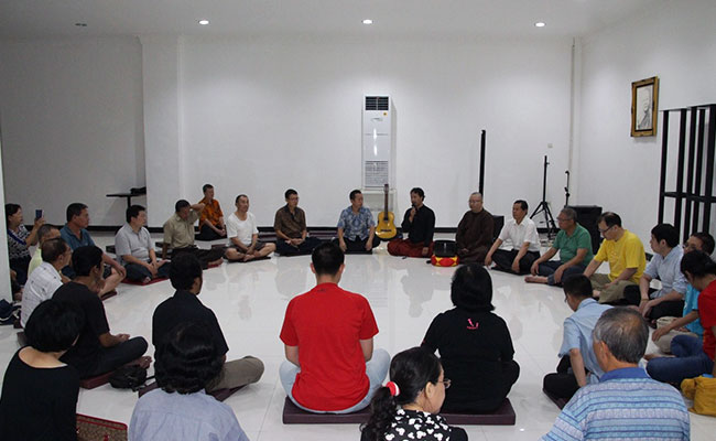Meditasi bersama Kang Zaim