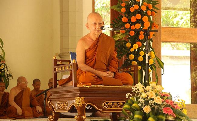 Bhante Pannyavaro: Jangan Ikut Menyebarkan Hoax