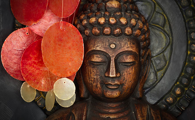 7 Cara Menyiasati agar Tidak Bolos Puja Bhakti di Vihara