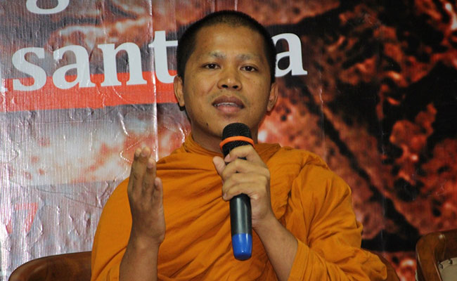 Gandawyuha dalam Sudut Pandang Theravada