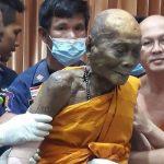 Jenazah Bhikkhu Ini Tersenyum dan Tetap Utuh!