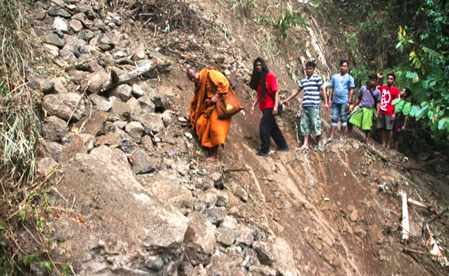 Relawan Gempa Lombok Hadapi Lokasi yang Sulit dan Gempa Susulan