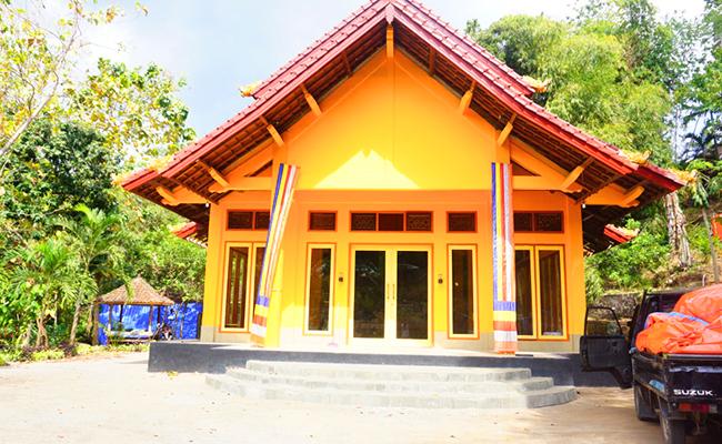 Vihara Veluvanna Merupakan Salah Satu Vihara yang Masih Berdiri Pasca Gempa