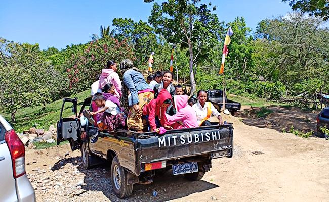 Perayaan Kathina di Lombok Penuh Kesederhanaan